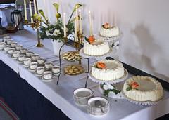 Kahvipöydän juhlakattaus