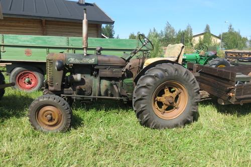 Mäkilän Traktorimuseo