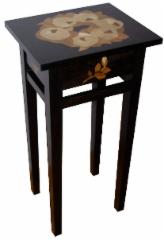 Korkea pikkupöytä