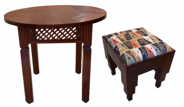 marokkolaisittain pieni pöytä ja rahi