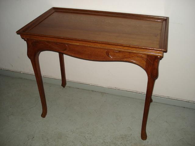 Art Nouveau tarjoilypöytä - MYYTY