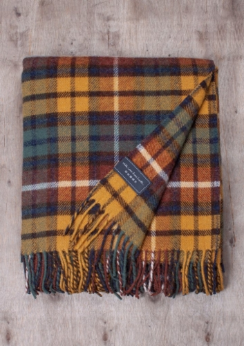 Villapeitto-newwool-buchanan-antique-tartan-hinta.jpeg&width=400&height=500