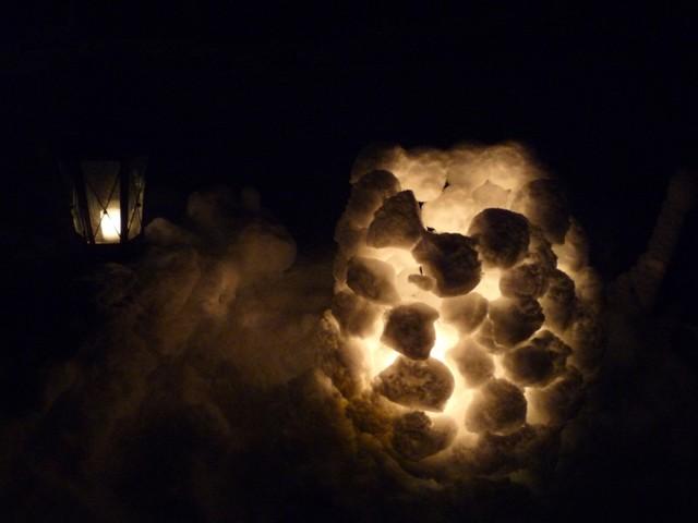 21.12. Vielä sai lumilyhdynkin pysymään kasassa