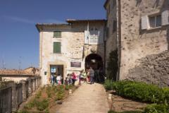montegiardino_castello_gate._photo__hannu_sinisalo.