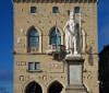 33._8th_november_2017_san_marino_citta_palazzo_pubblico_statua_della_liberta