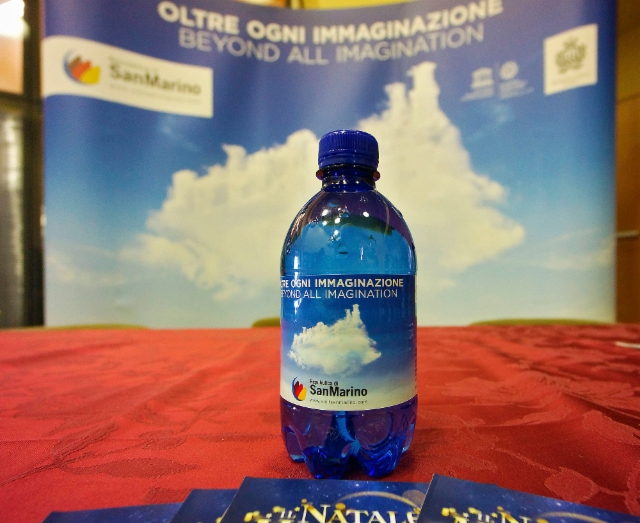 40._8th_november_2017_san_marino_citta_suddenly_i_was_in_an_international_tourism_conference_nice_promotion_bottle