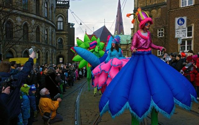 escaping_winter_10th_day_bremen_carnival_and_samba_festival_1