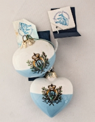 0110._two_christmas_decorations_with_artigianato_sammarinese_-labels.__foto__hannu_sinisalo_2019.