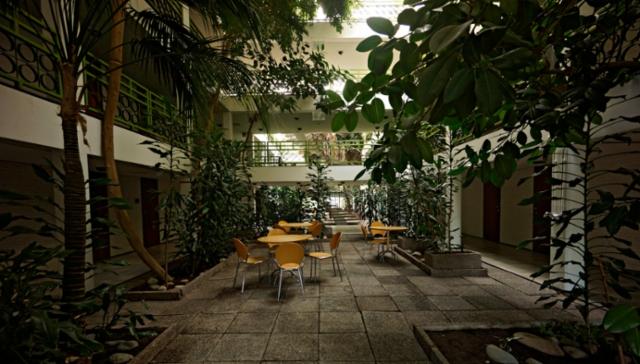 zz._kylpyla-hotelli._talvipuutarha._photo_hannu_sinisalo.
