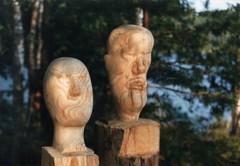 Puuveistoksia 1970-luvulta