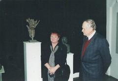 Hannu Sipilä veistoksia Suomen Taiteilijat ry:n näyttelyssä Kaapelitehtaalla Helsingissä v. 2000