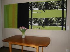 Tekstiilitaulu Heinolatalon kunnanhallitussalissa