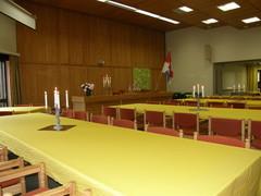 Heinolatalon sali keltaisin liinoin 11-2011