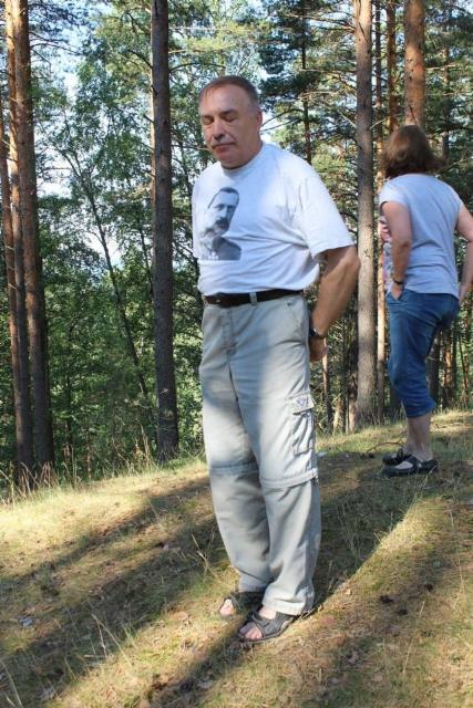 Mainio oppaamme Vladimir Mannerheim paidassaan