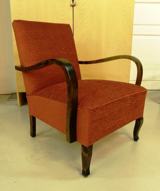 Punainen k-tuoli