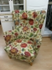 Värikäs nojatuoli