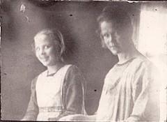 emmi hiunu (oik) 1901-79 alaluokkien opettaja n. 1925