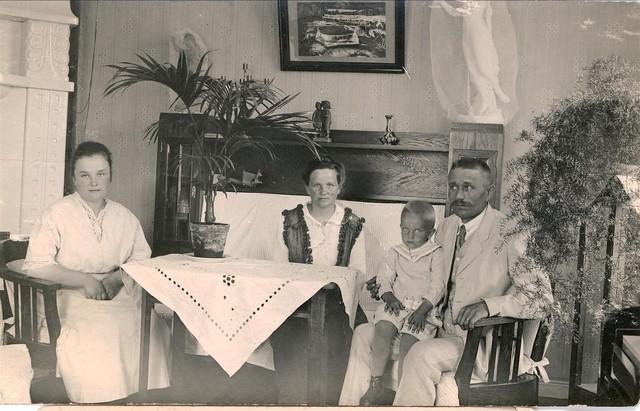 anna, oskari, jorma niemi 1915