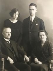 Hannes Helomaan perhekuva