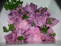Punajuuri-feta-salaatti