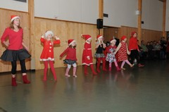 lasten pikkujoulu 2010 016
