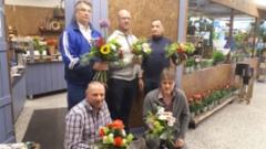 Kukkasidontakurssilla 2.5.2019
