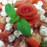 tomaatti-mozzarellasalaatti_g_l