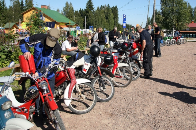Pappatunturi paraati Höytiällä 23.8.2009