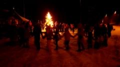 Joulunavaus Höytiällä 30.11.2017