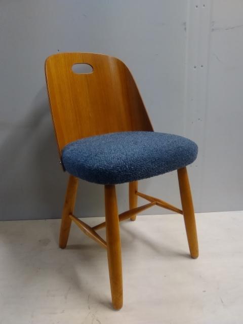 Tuoli, tiikkipuu