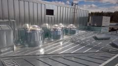 Pihlajamäen ala-asteen kattoikkunat