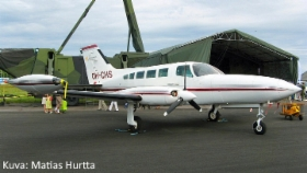 Cessna_402B_Businessliner_OH-CHS.jpg&width=280&height=500