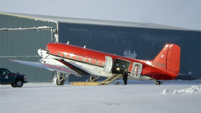 c-fmkb_cambridge_bay_2012-03-06.jpg