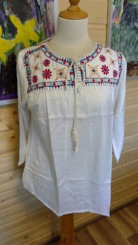 embroided_gypsy_top_1.jpg&width=280&height=500