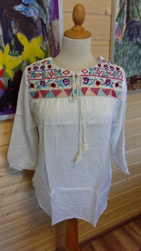 embroided_gypsy_top_2.jpg&width=280&height=500