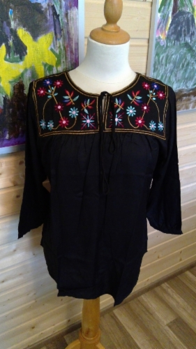 embroided_gypsy_top_4.jpg&width=280&height=500
