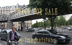 for sale hectic traffic in paris