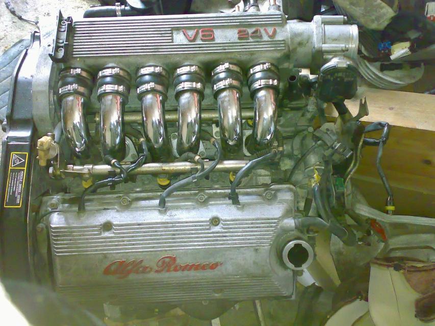 156v6moottori.jpg