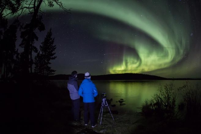 Aurora Hunting | Ivalotrek Northern Lights and Midnight Sun