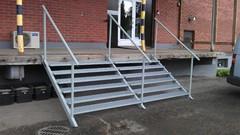 100x50x3mm rhs valmistetut portaat