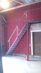 100x50x4mm rhs valmistetut portaat ja lepotaso