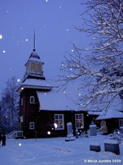 Temmeksen kirkko jouluaattona 2009