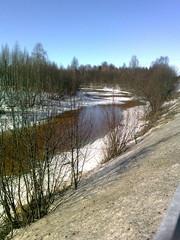 Kevättä ja loskaa nelostiellä 2011