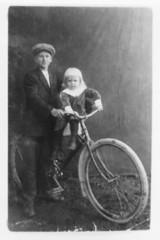 Postipoika Veikko Suonsivu 1910-luvulla