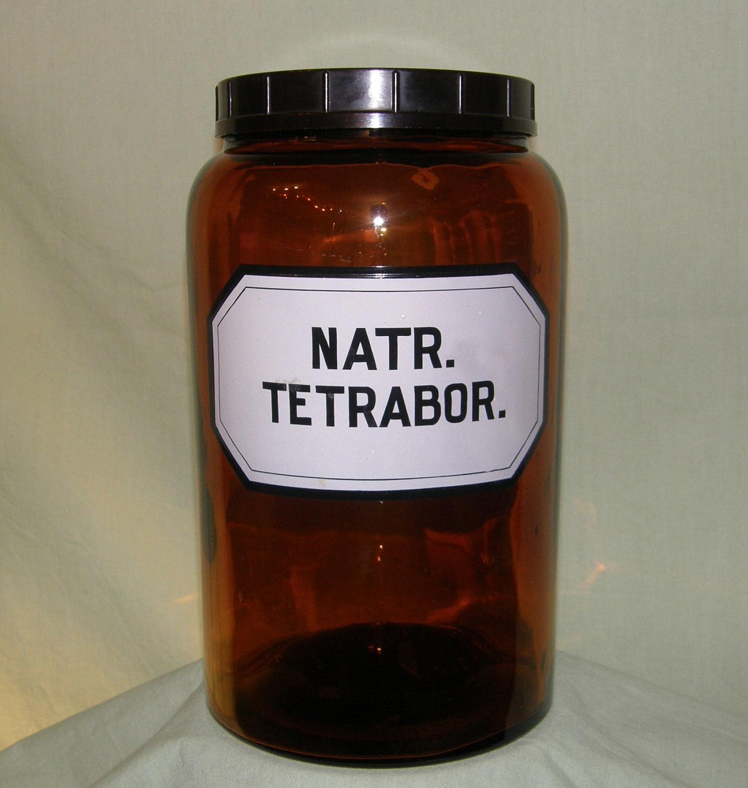 Natriumboraatti