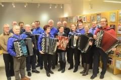 Harmonikkaristeilylle osallistuneita 2015