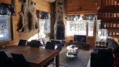 ruokailu ja olohuone