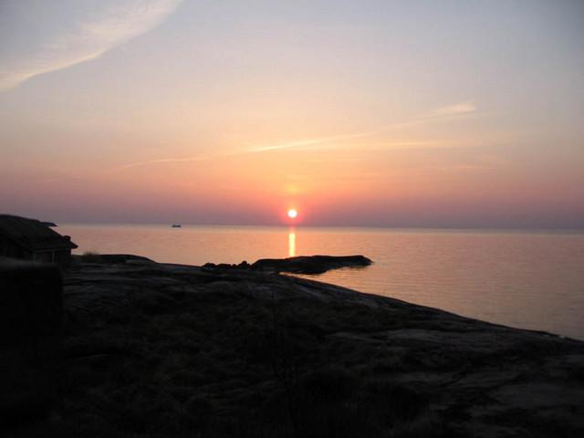 toinen auringonlasku