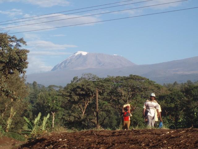 Kilimanjaro ja matkalaiset