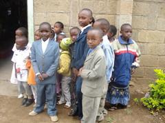 Käytiin kirkossa ja lapset oli niin kuniisti puettu ja muutenkin sulosia!